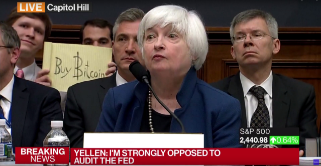 'Bitcoin Sign Guy' Receives Over $15,000 in Bitcoin for Janet Yellen Photobomb ...