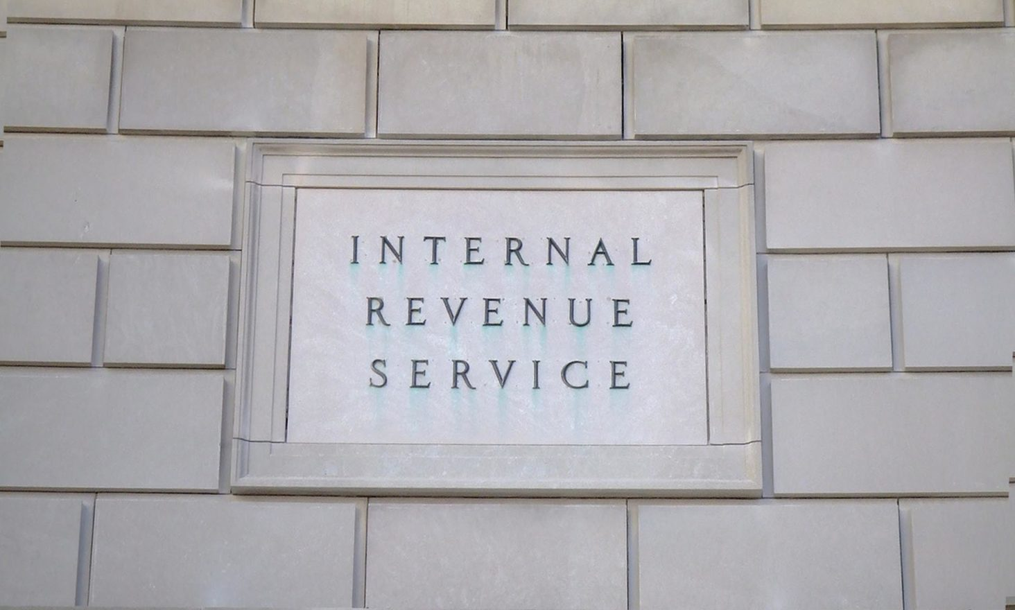Coinbase Versus IRS: Court Hints At 'Narrowing' Of Investigation Scope