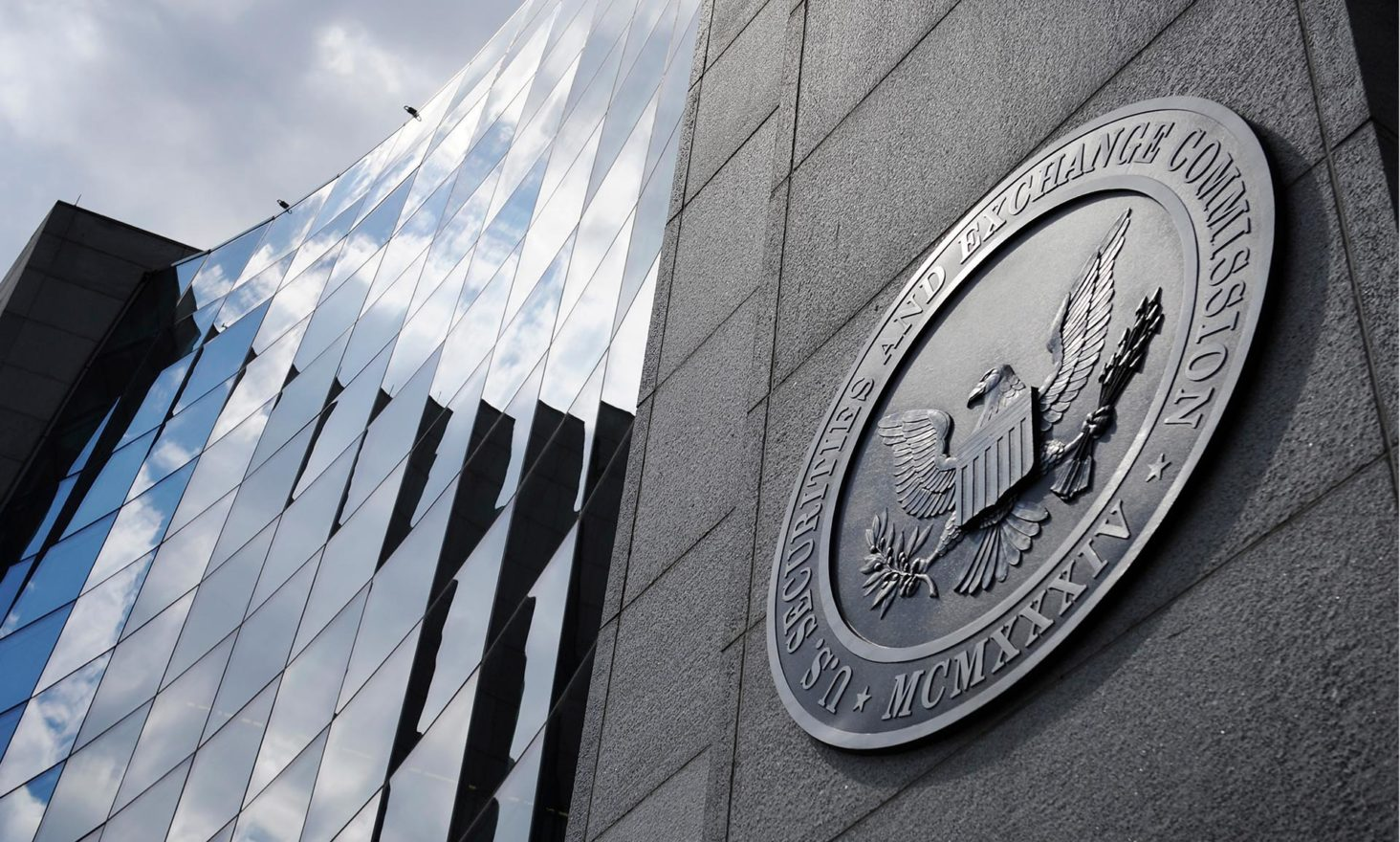 SEC Warns About Lack of Regulation in Cryptocurrency Markets
