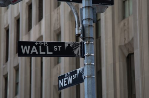 Wall Street's Old Guard Has A Double Standard When It Comes To Bitcoin