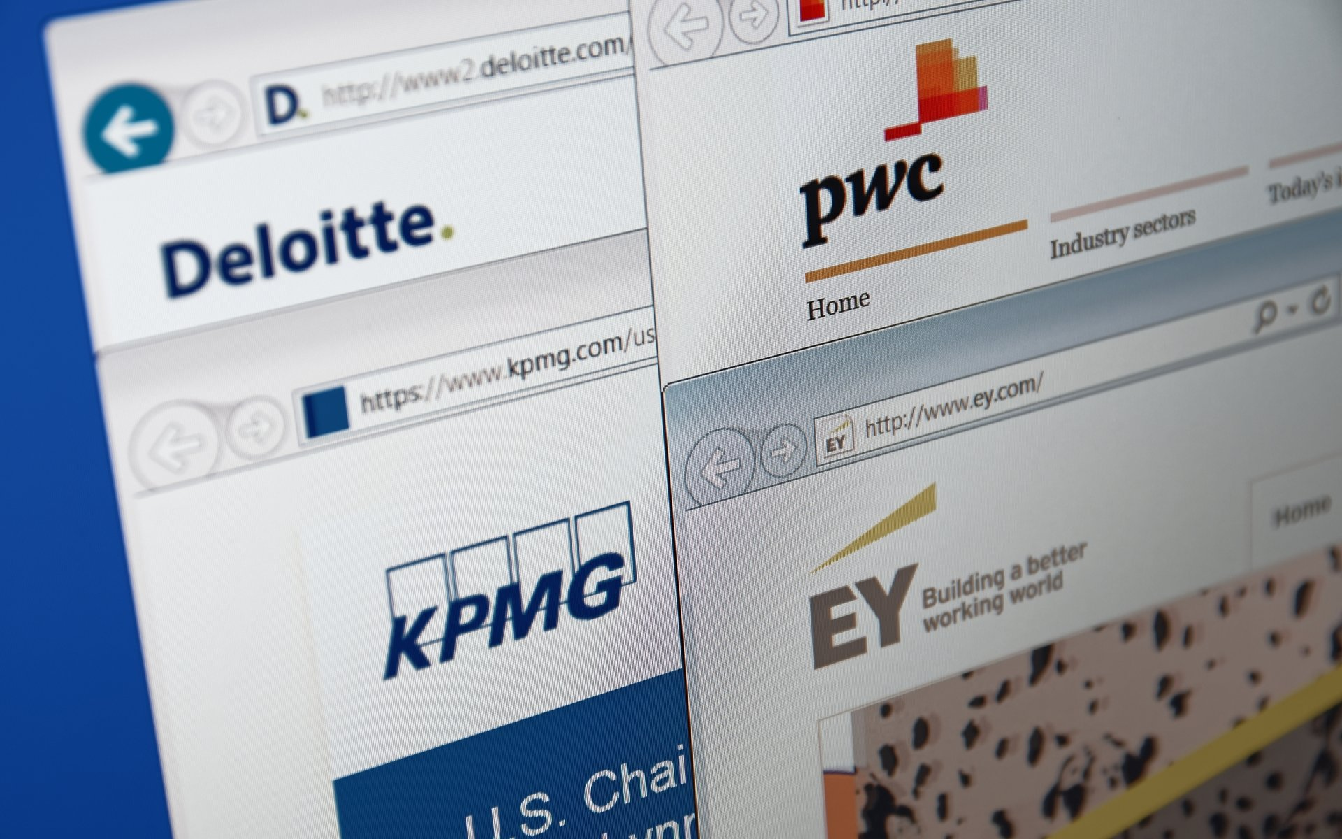 two of the big four accounting firms now accept bitcoin bitcoinistcom