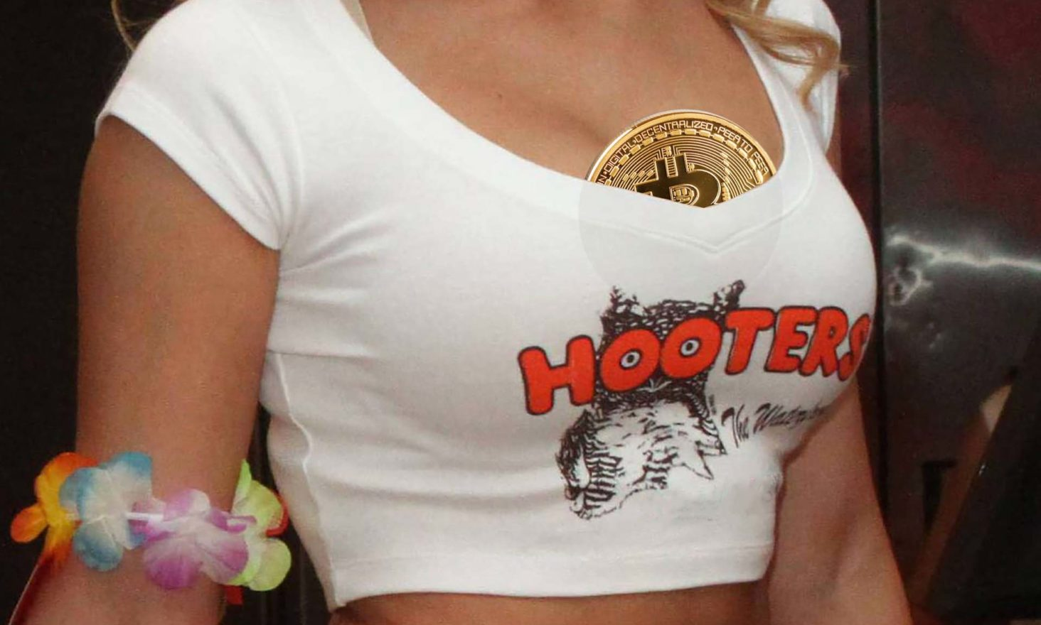 Hooters Boosted by Backing Bitcoin and Blockchain