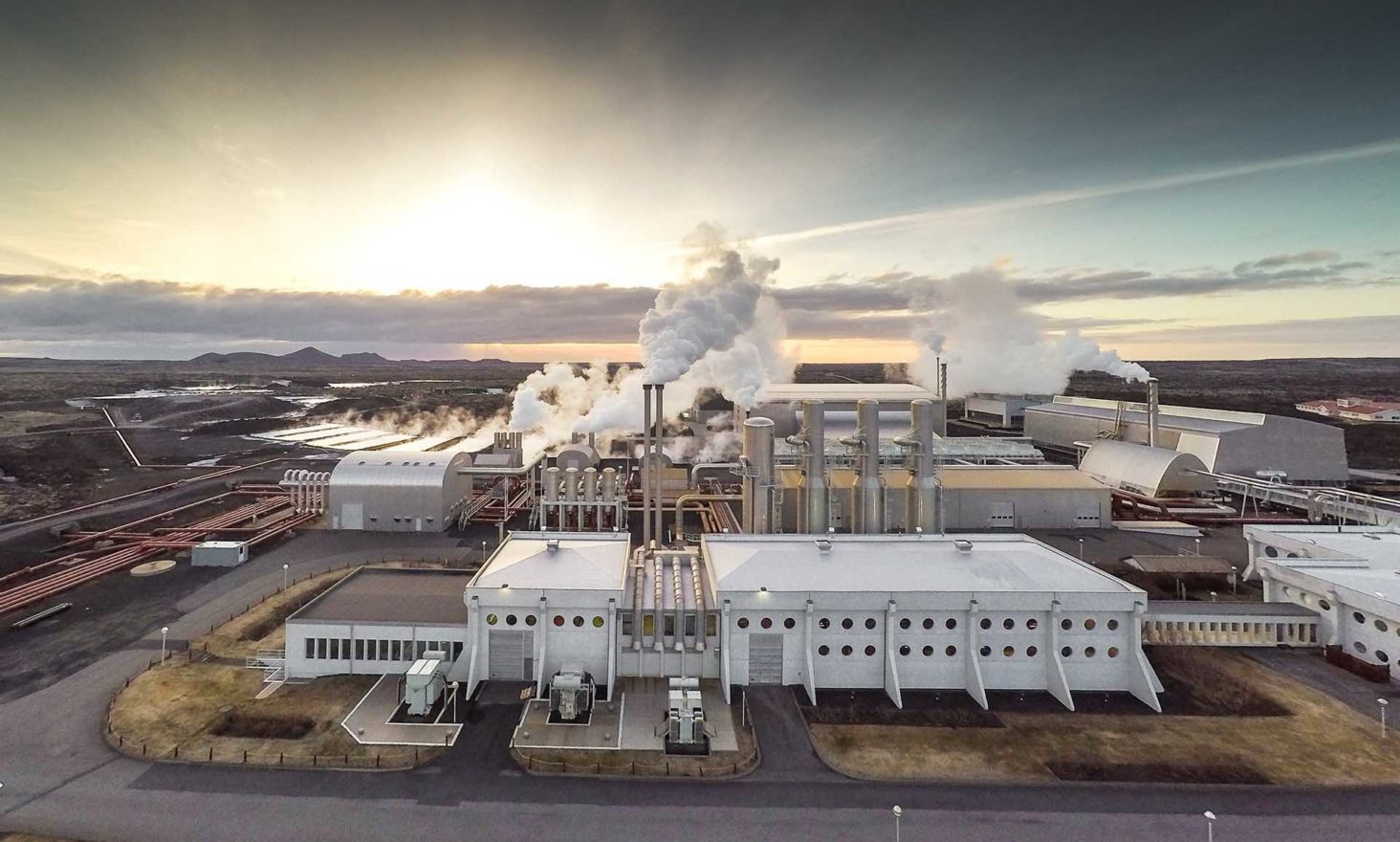 MoonLite Confirms Power & Distribution for Massive Mining Operation in Iceland