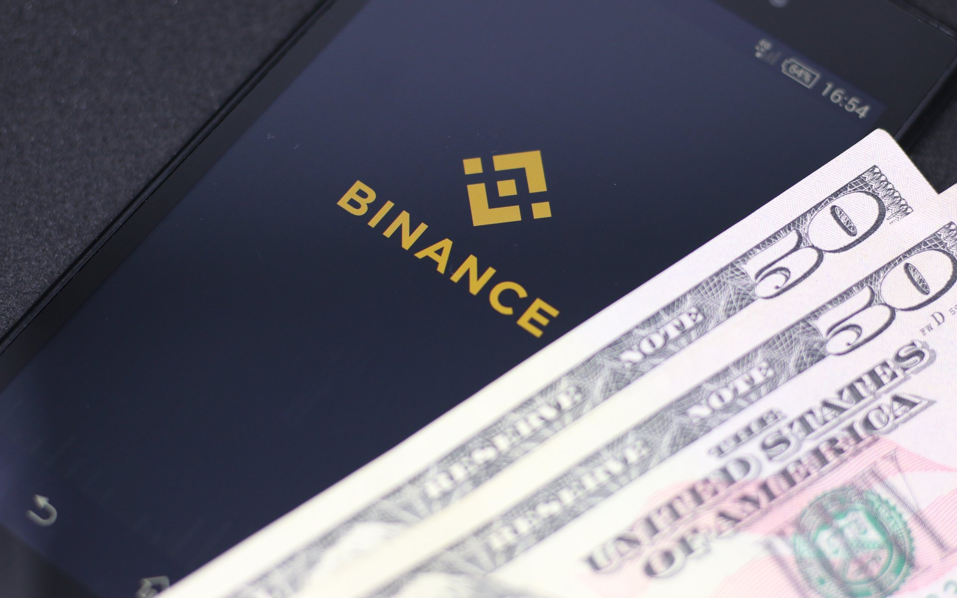 Binance Doubles Referral Rewards Coin Pumps