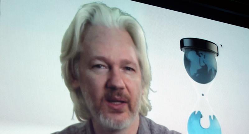 Assange_02