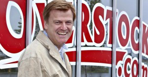 overstock shareholders fight to lead class action