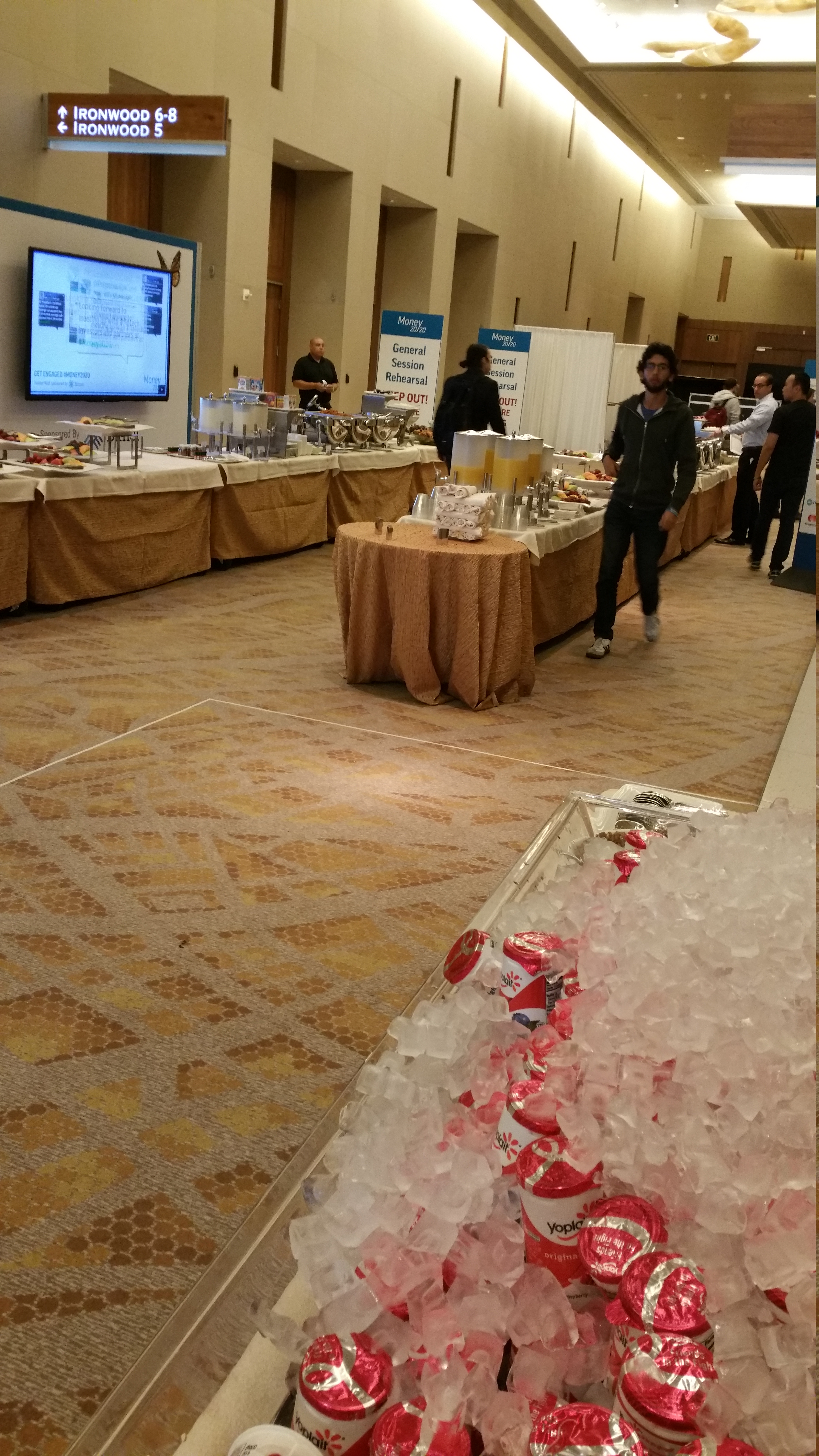 Breakfast is served at Money 2020.