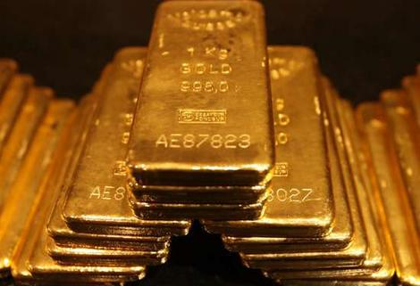 Standpoint Research's Moas Sees Bitcoin Overpowering Gold