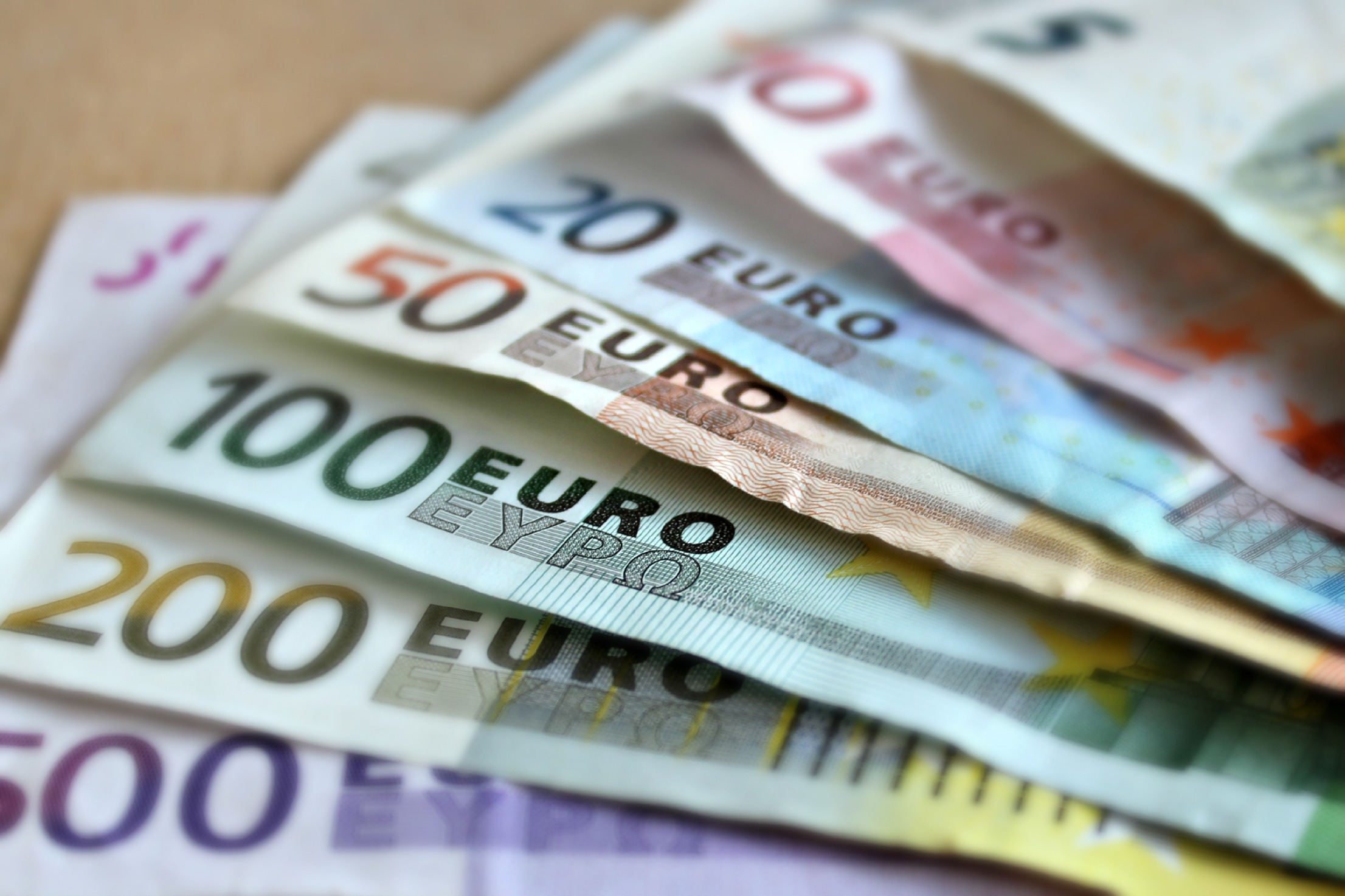Cryptocurrencies for Euros