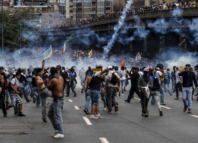 Venezuelan protests - Juan Barreto/AFP