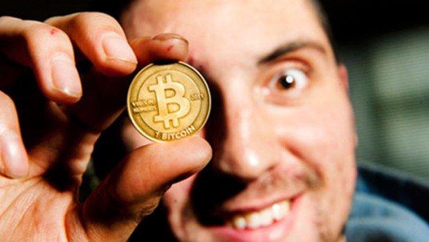 Labeling Bitcoin a Fad