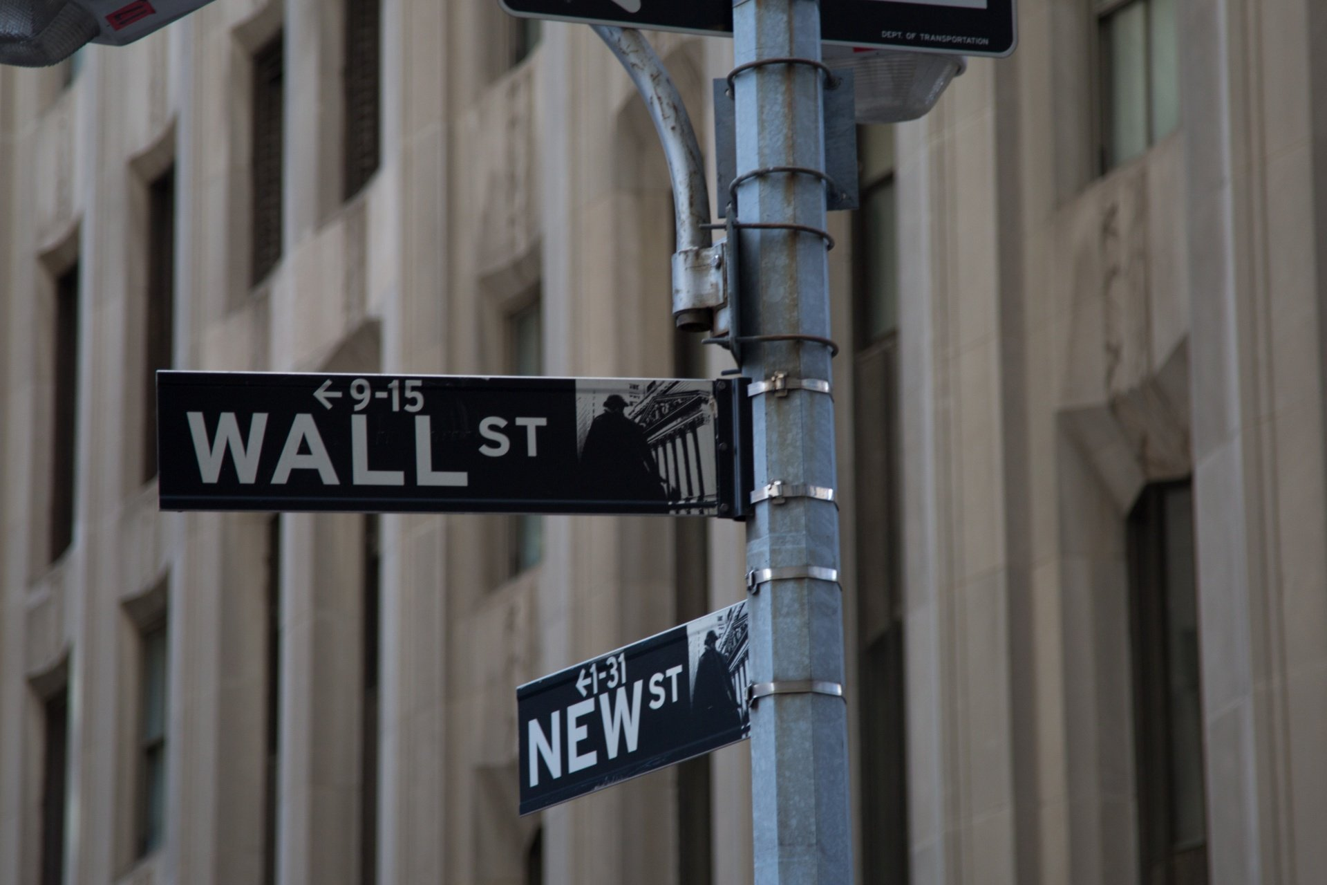 Cryptocurrency shares in wall street
