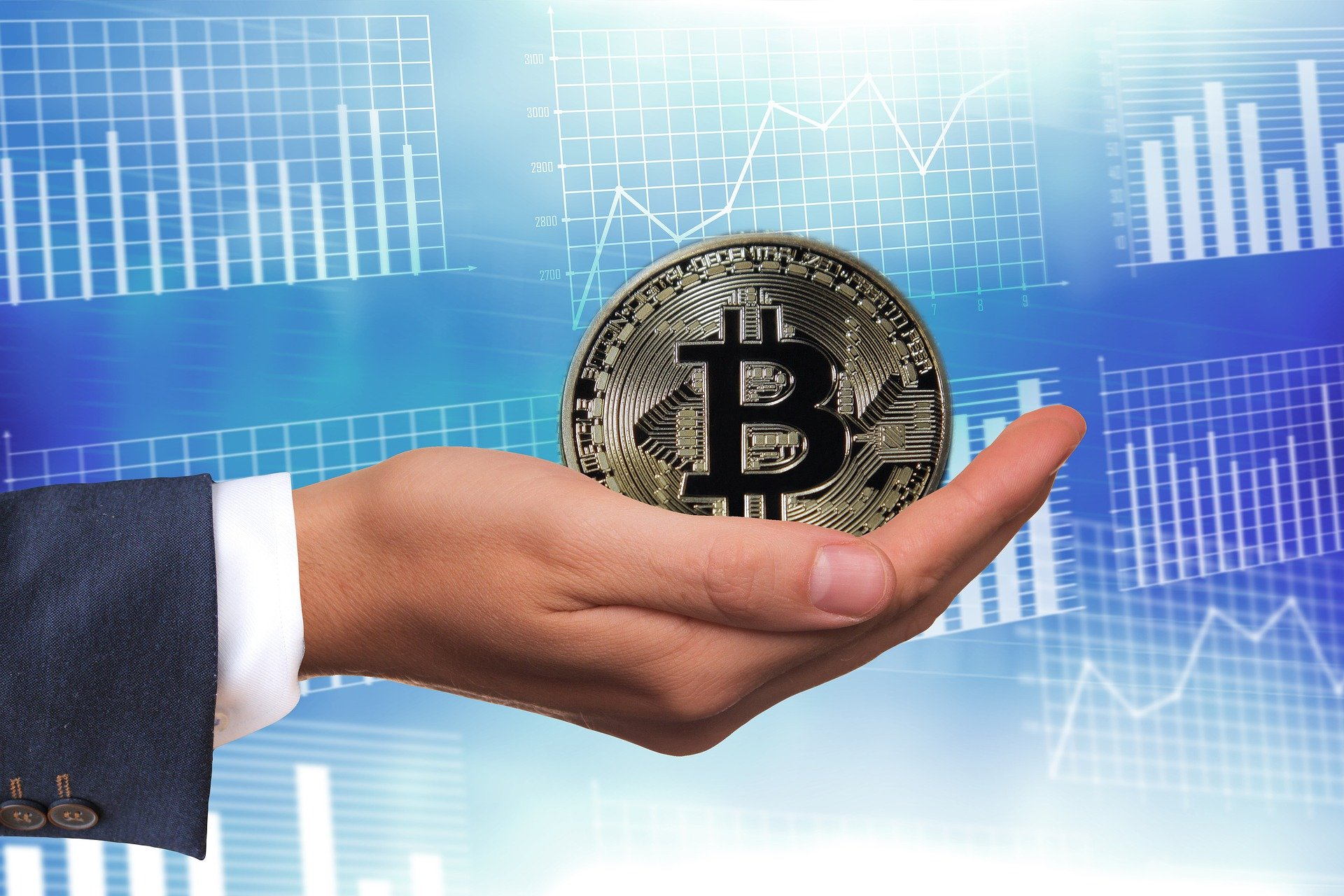 Paying Salaries in Bitcoin is Becoming Trendy