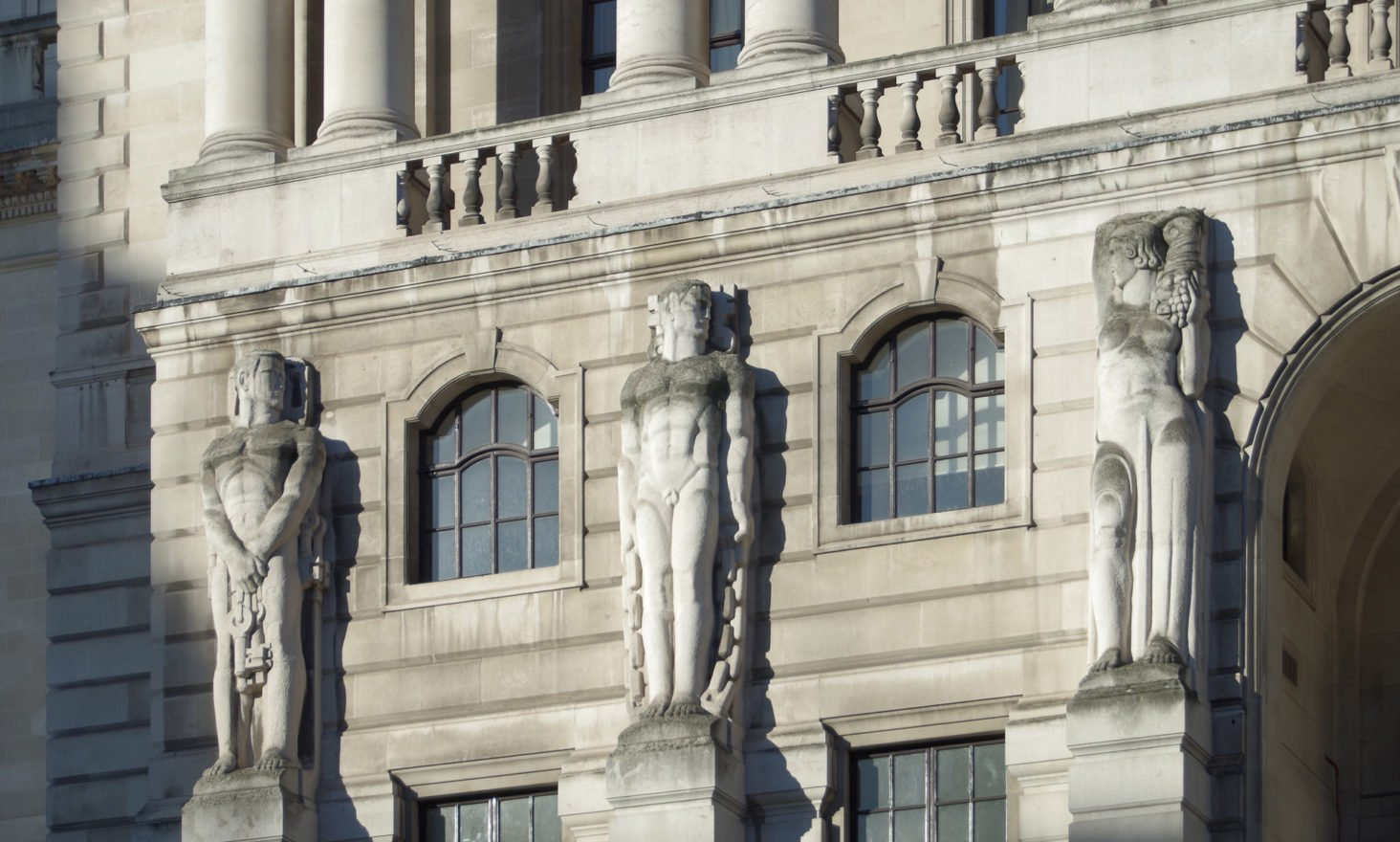 Bank of England Nocoiner Admits 'Cryptocurrency Not a Risk'