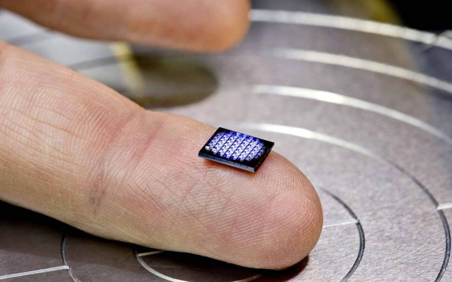 IBM's New 'World's Smallest Computer' is Built for Blockchain