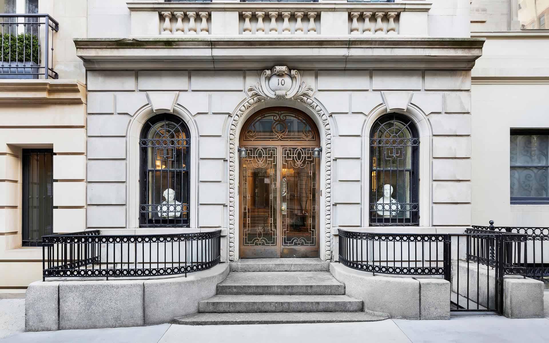 Got $45 Million in Bitcoin, Ethereum, or Ripple? Buy a House Near Fifth Avenue