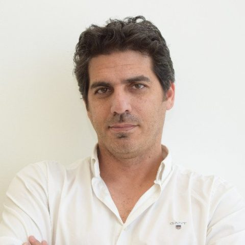 DECOIN CEO Shay Perry