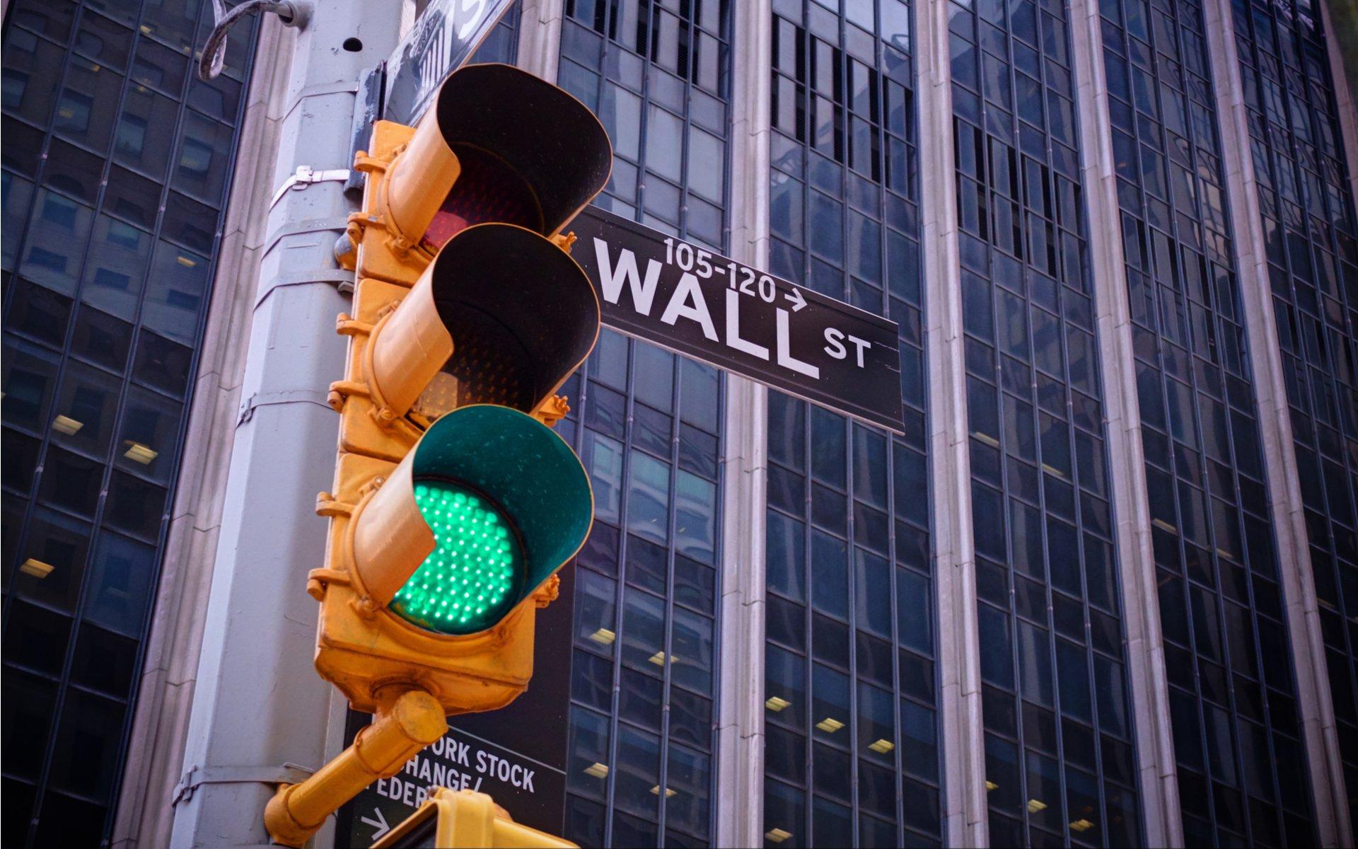 Bitcoin ETF Wall