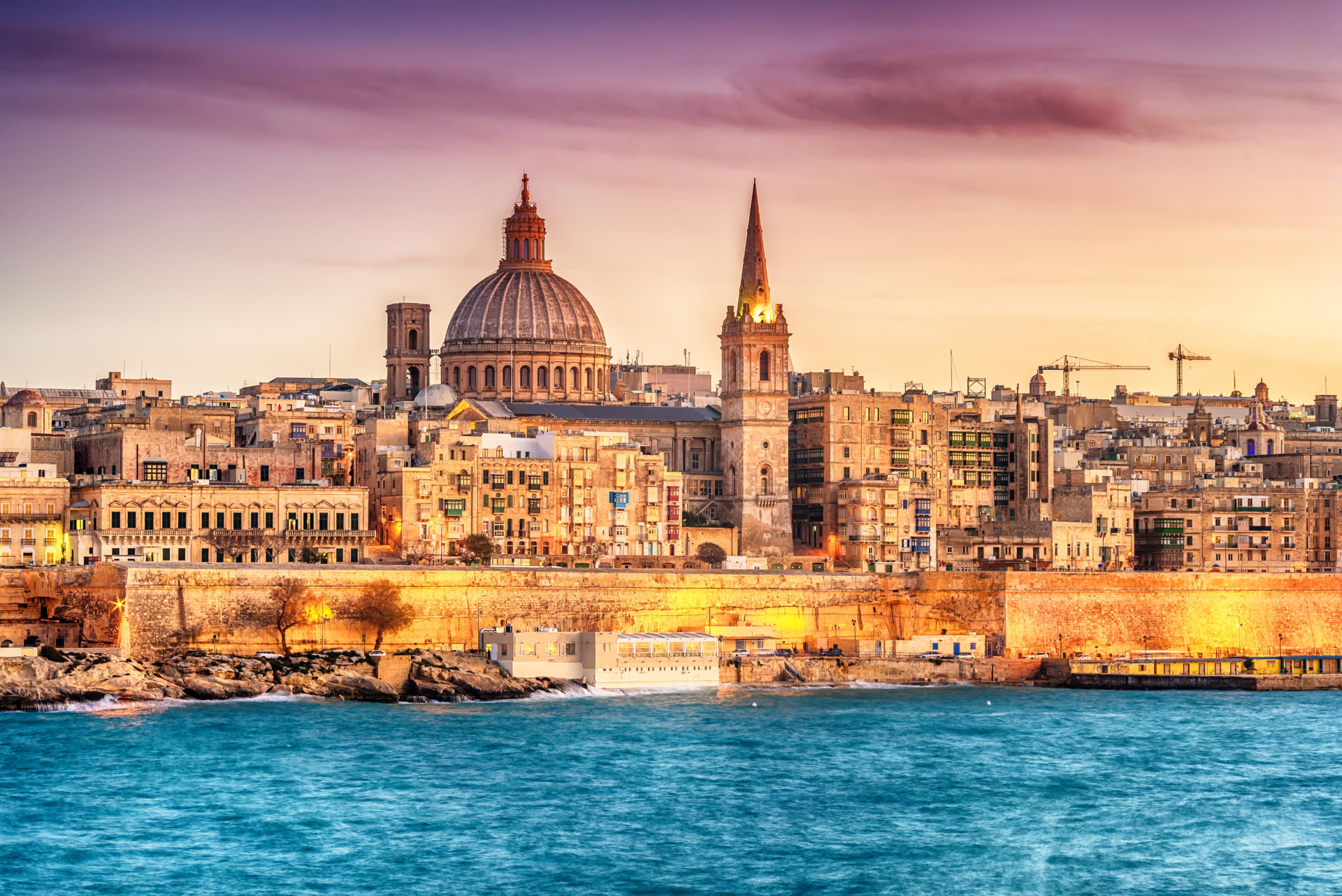 Maltese Prime Minister Fraudulently Impersonated by Bitcoin Peddlers on Instagram