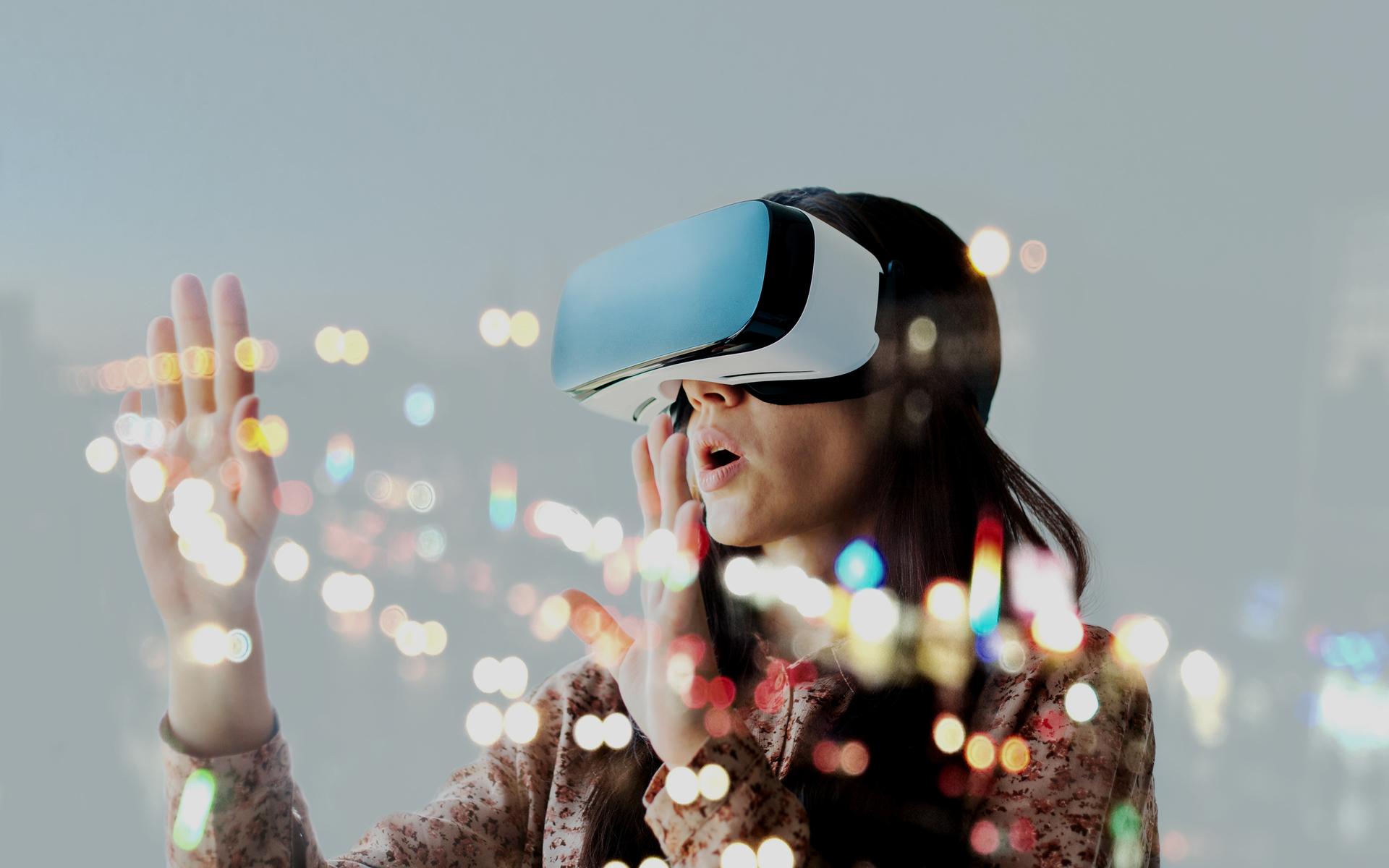 VR tech AI blockchain