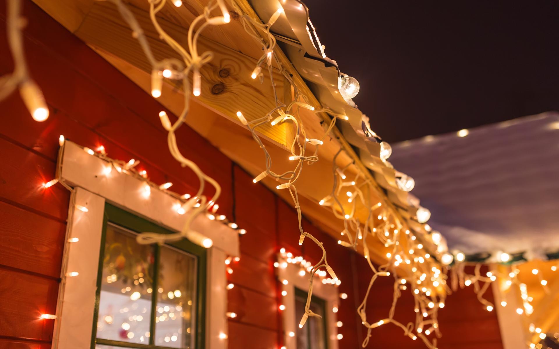 Christmas lights electricity