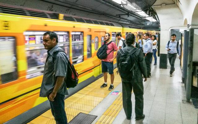 argentina metro public transport