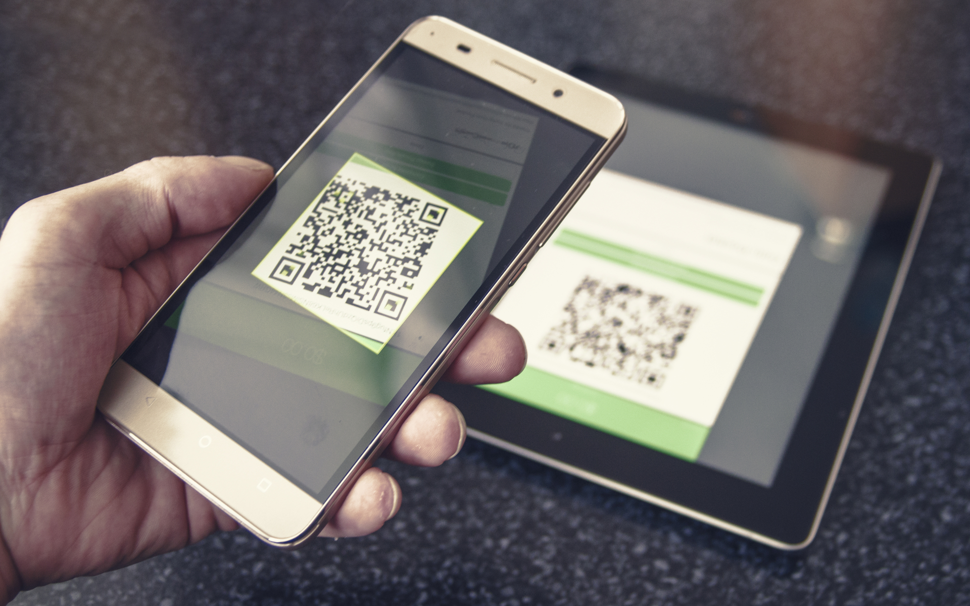 qr code pay bitcoin