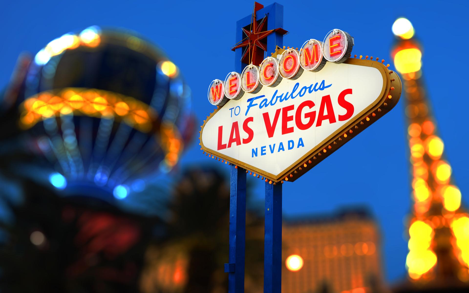 """Mike'o Tysono pinigų išgryninimas: """"Boxer"""" pristato """"Bitcoin"""" bankomatą Las Vegase"""