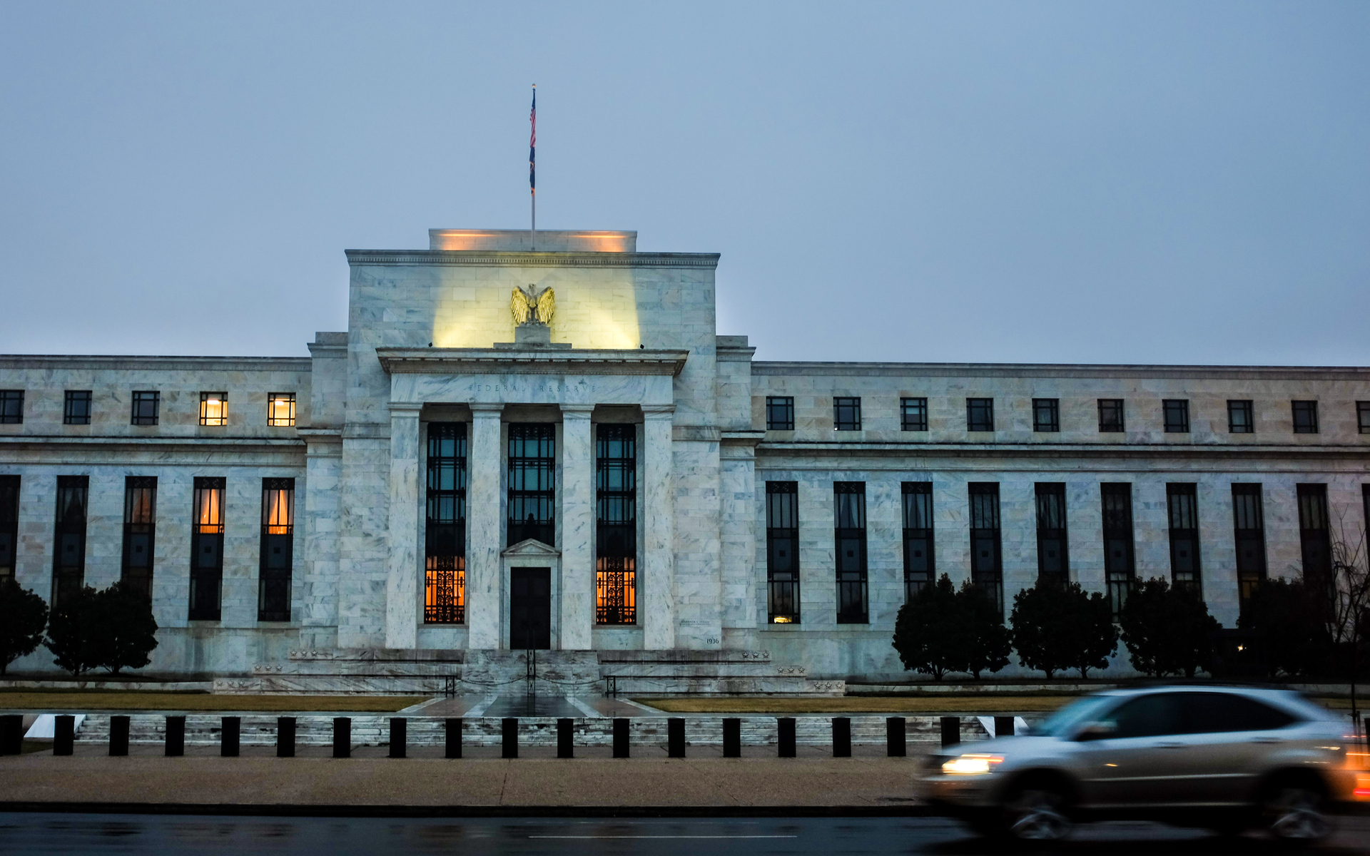 Federal Reserve System Briefly Goes Down as Bitcoin Boasts