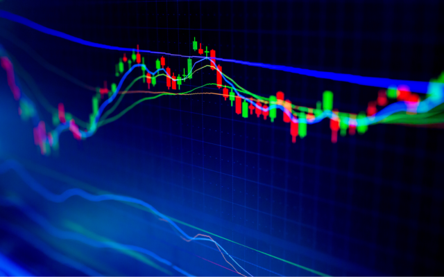 Bitcoin Price Analysis: Two Bullish Indicators Are Flashing at $8K