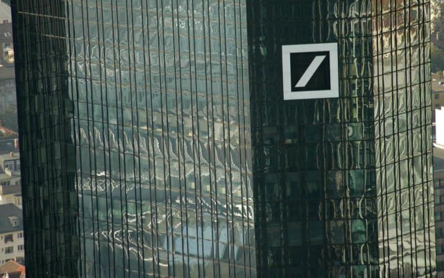 Buy Failing Deutsche Bank With Bitcoin, Suggests Fund Manager