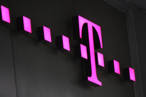 deutsche telekom binance fetch.ai