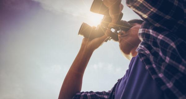 binoculars look forward bitcoin