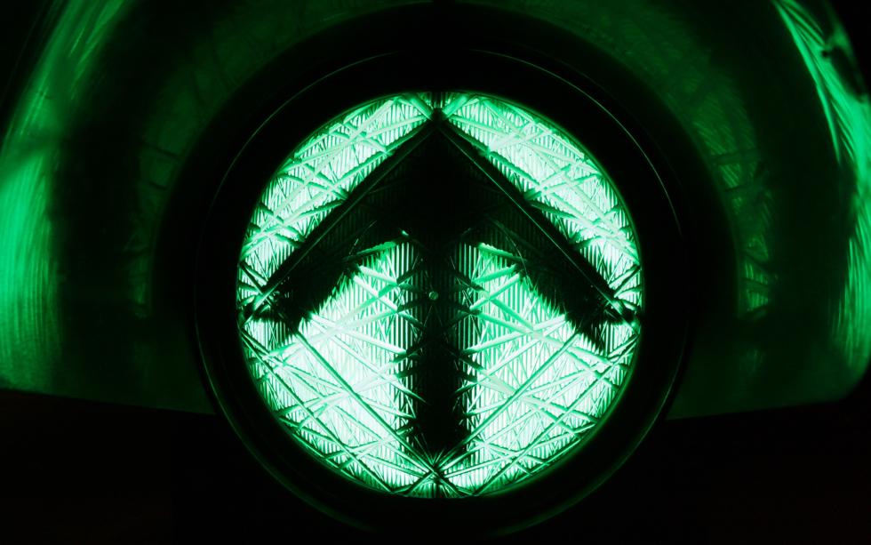 green light indicator bitcoin price