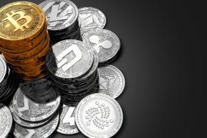 Bitcoin dominating altcoins