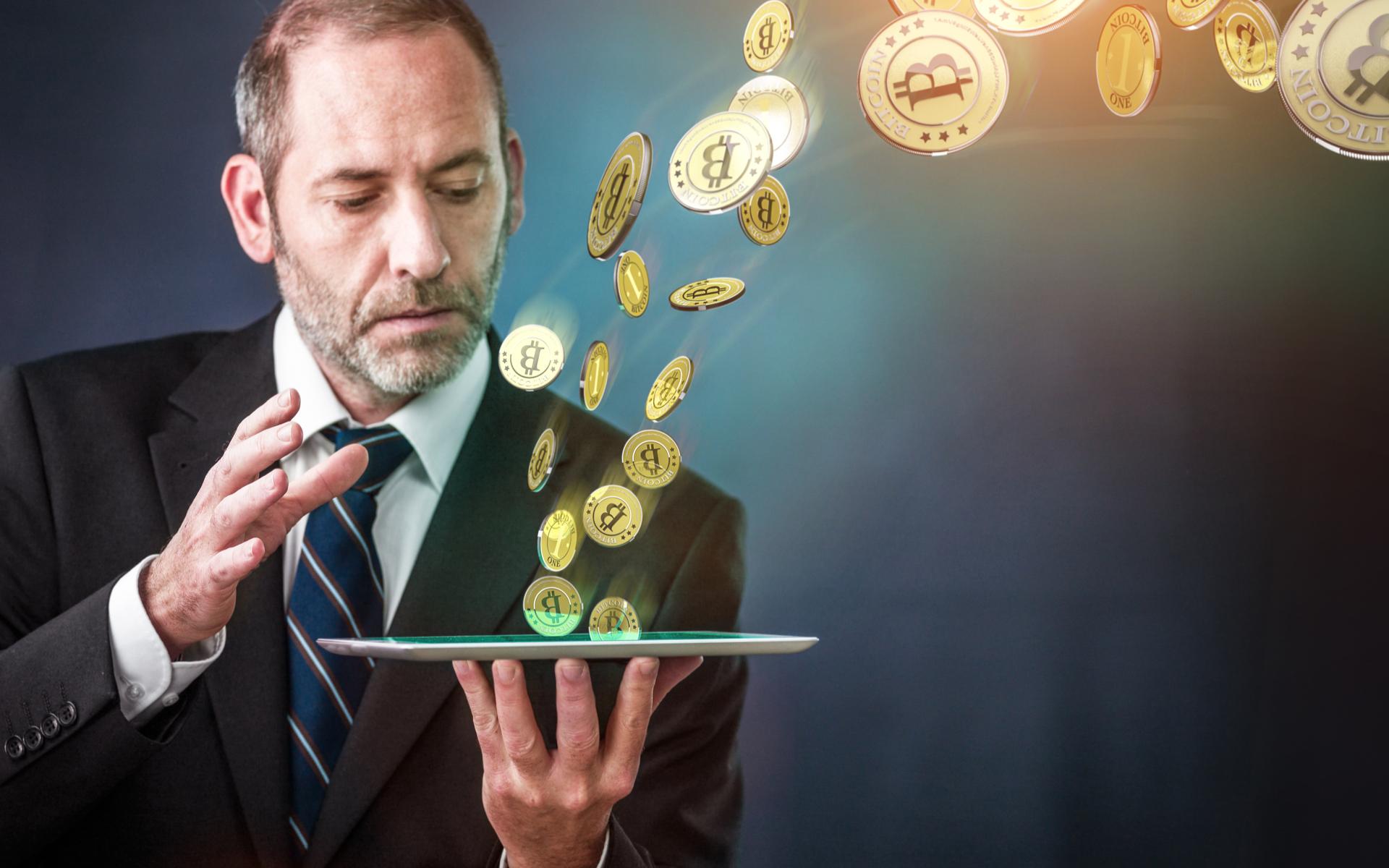 experienced bitcoin and crypto trader