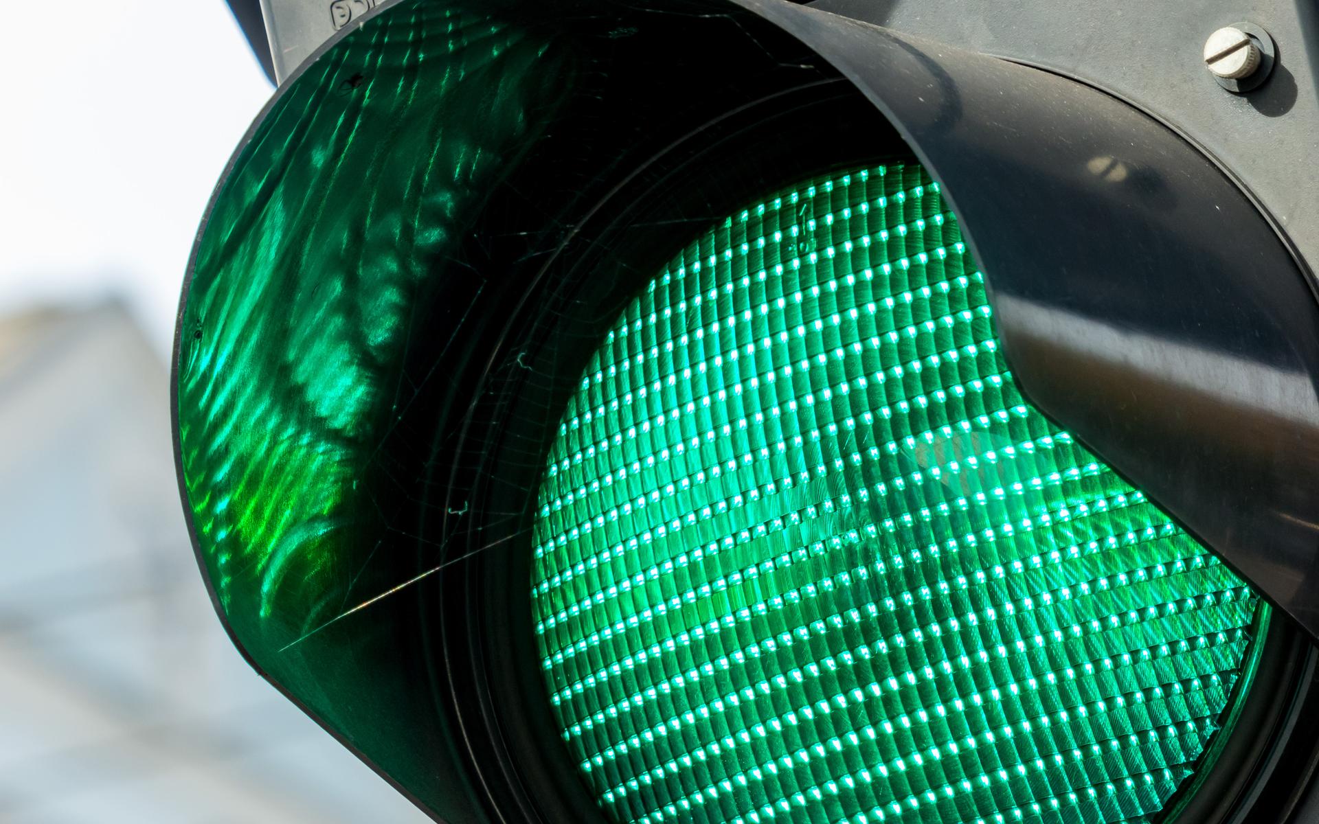 bitcoin price indicator turned green