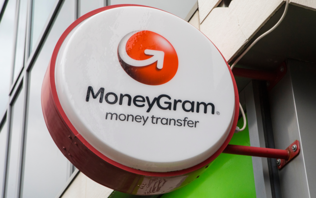 XRP Spikes 10% on Ripple MoneyGram Partnership News thumbnail