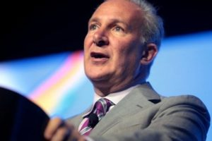 Bitcoin Parabolic Growth Vs Peter Schiff's Gold Recommendation in 2011