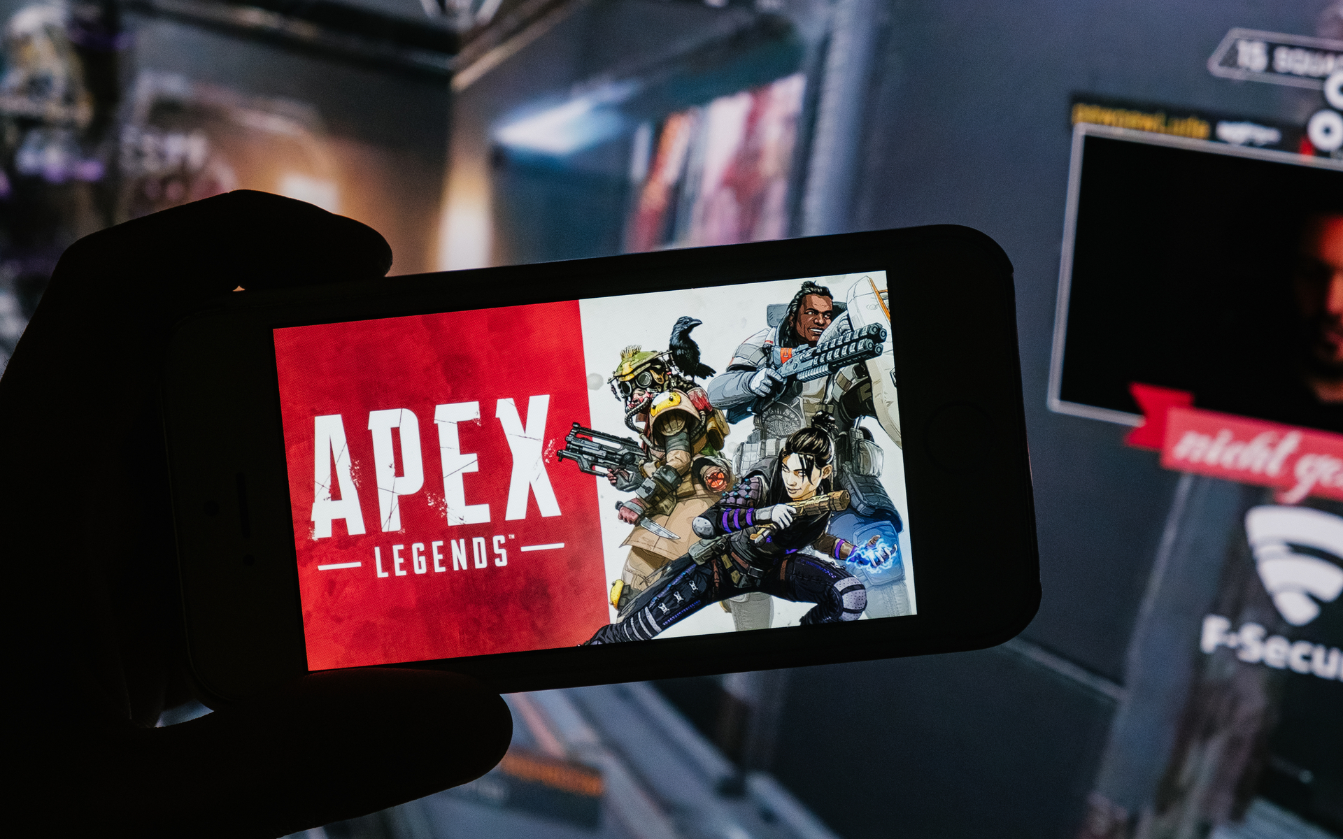 Apex Legends Unveils First Details of Season 3: Meltdown, Coming October