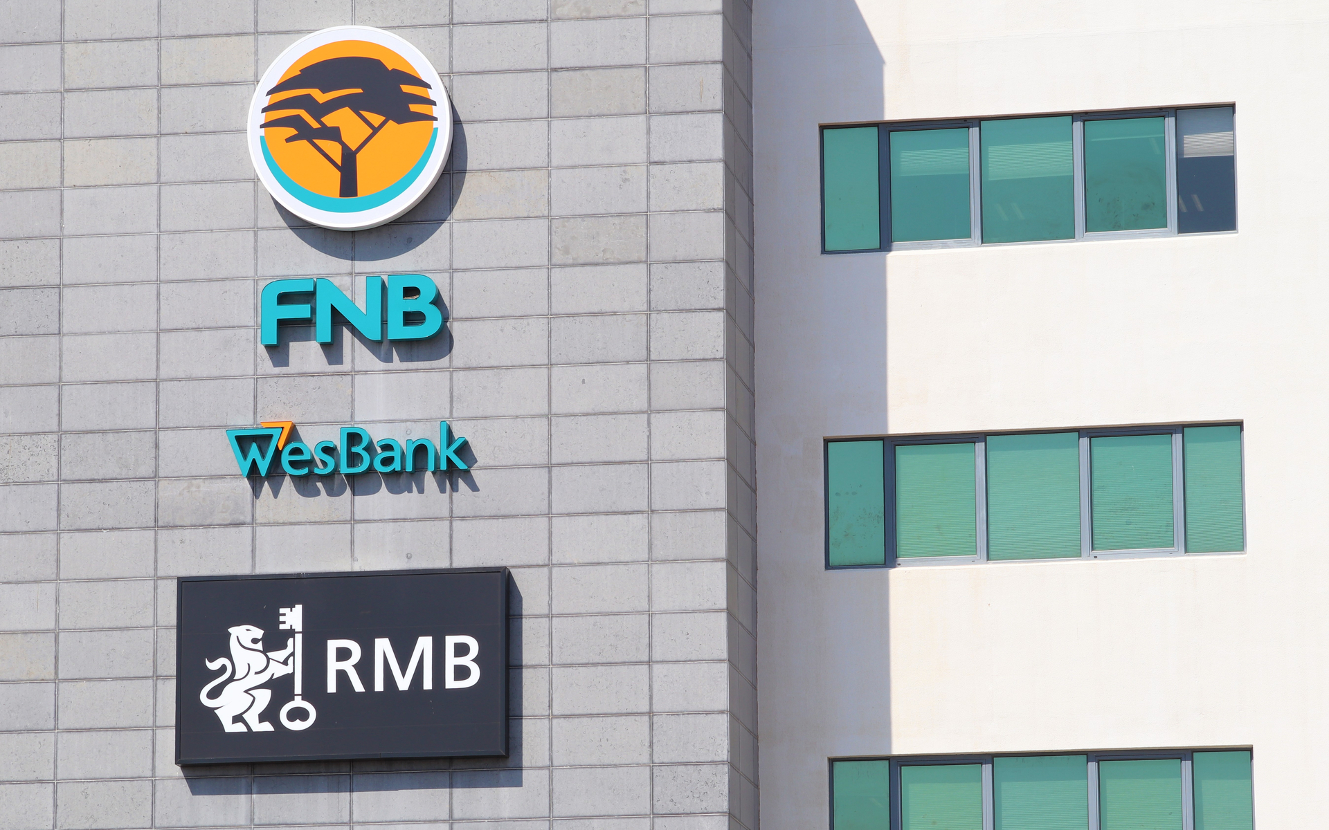 Major South African Bank CLoses Crypto Exchange Accounts