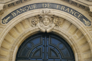 france against private crypto