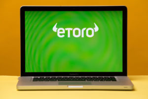 eToro Plans to Launch Its Own Debit Card in 2020