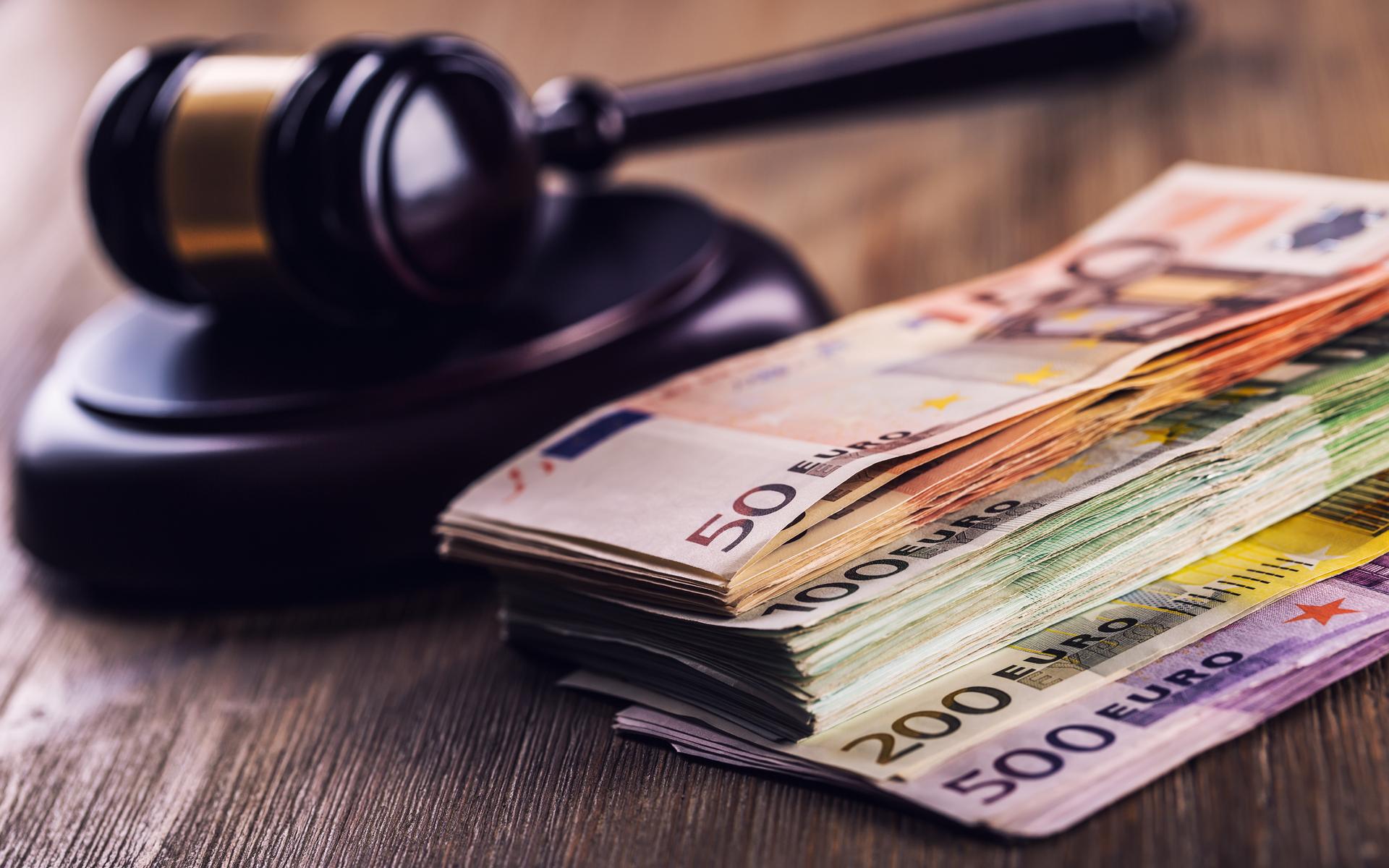Austria: Crypto Firms Face €200K Fine Under New AML Directive