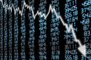 "A ""Flash Crash"" Scenario Looms Over Bitcoin; Here's Why"