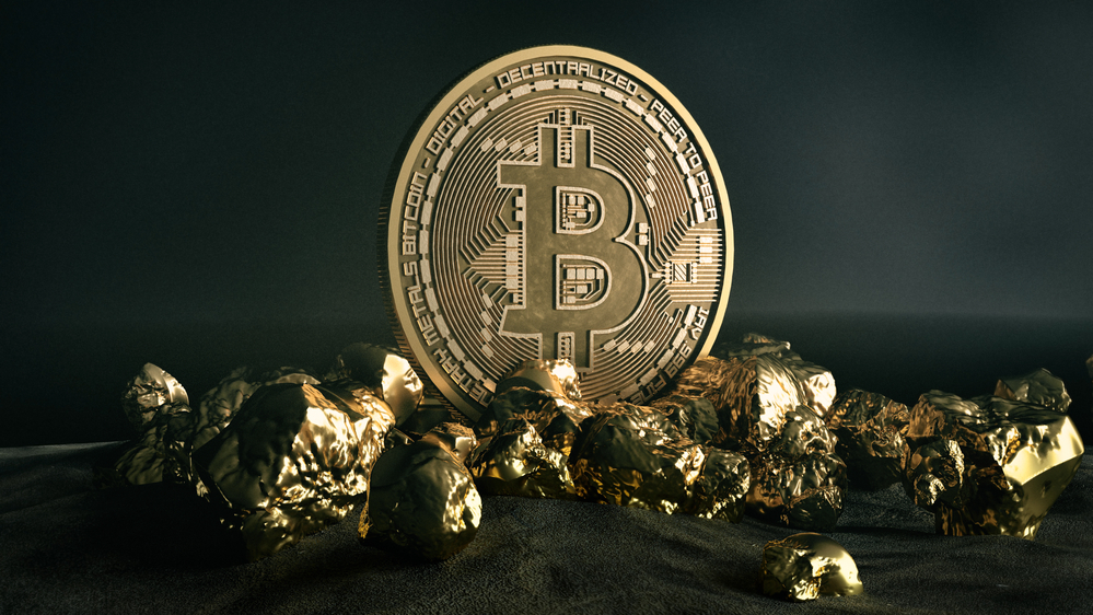 Bitcoin is Eerily Copying Gold Trends; Analyst Fears Breakdown