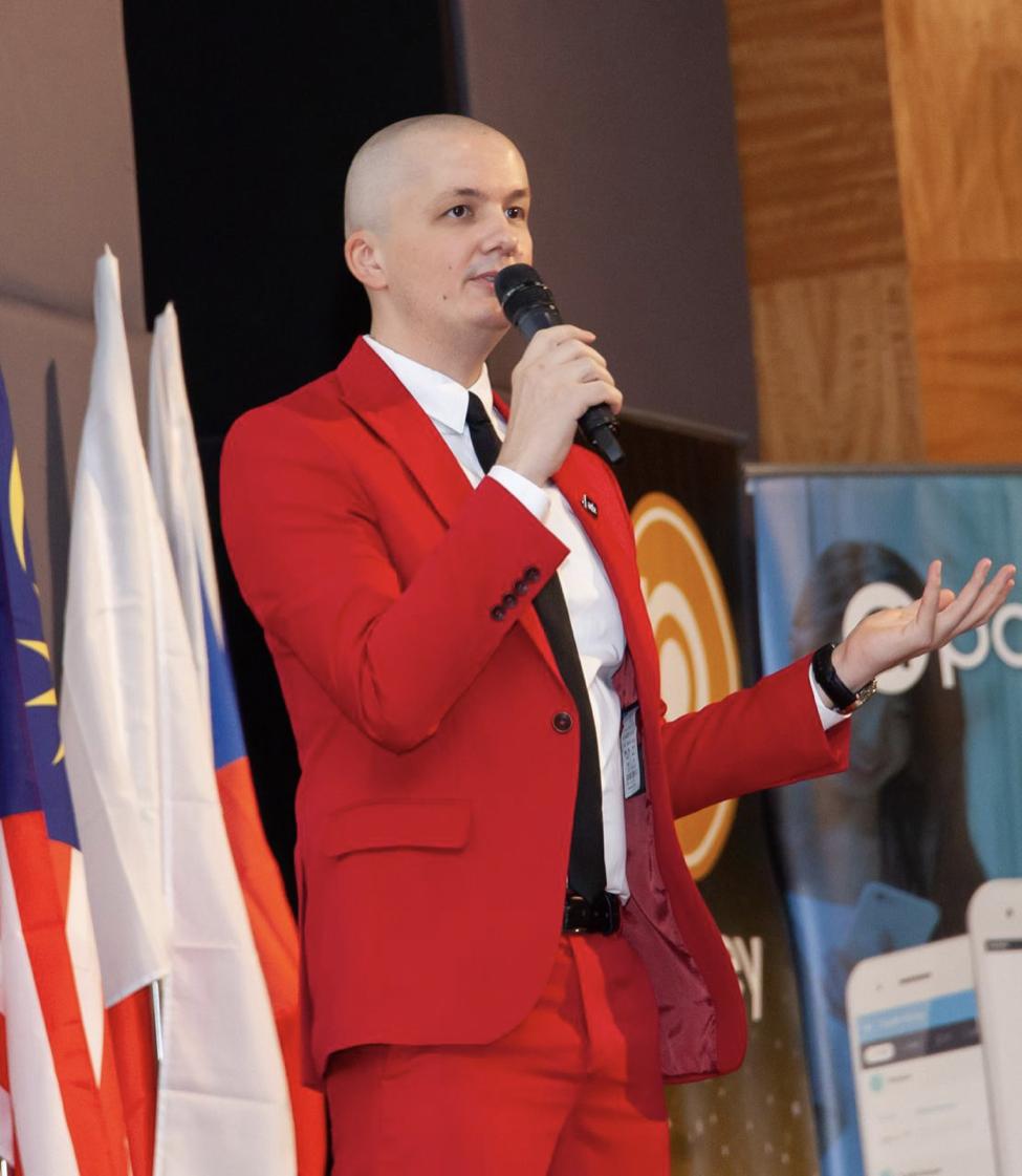 ABEY: Chief Scientist Dr. Ciprian Pungila Delivers Speech At Blockchain Summit Dubai