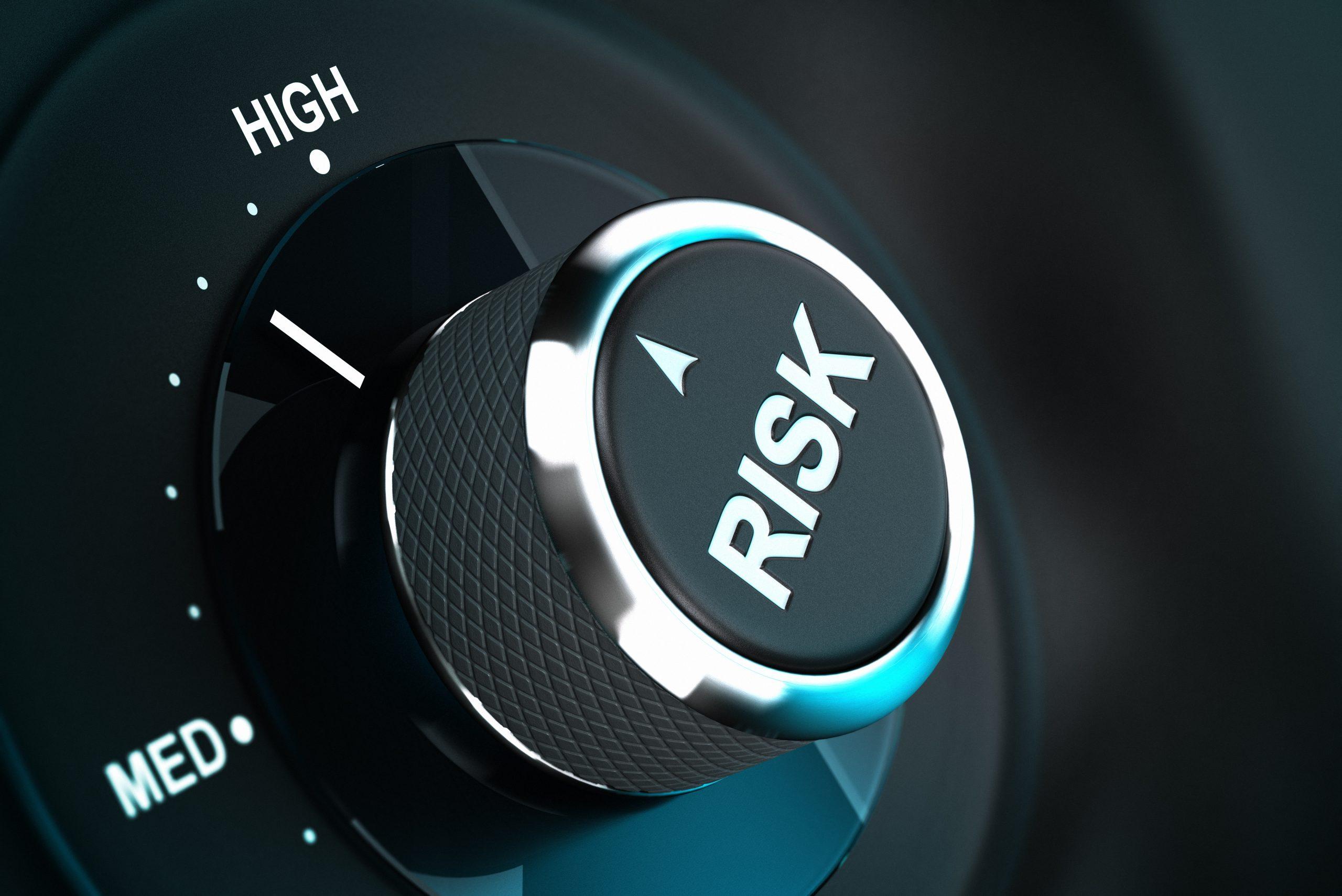 bitcoin nvt risk tops