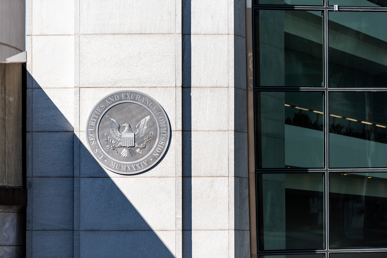 """SEC Warns Investors Of """"Highly Speculative"""" Bitcoin Risk"""