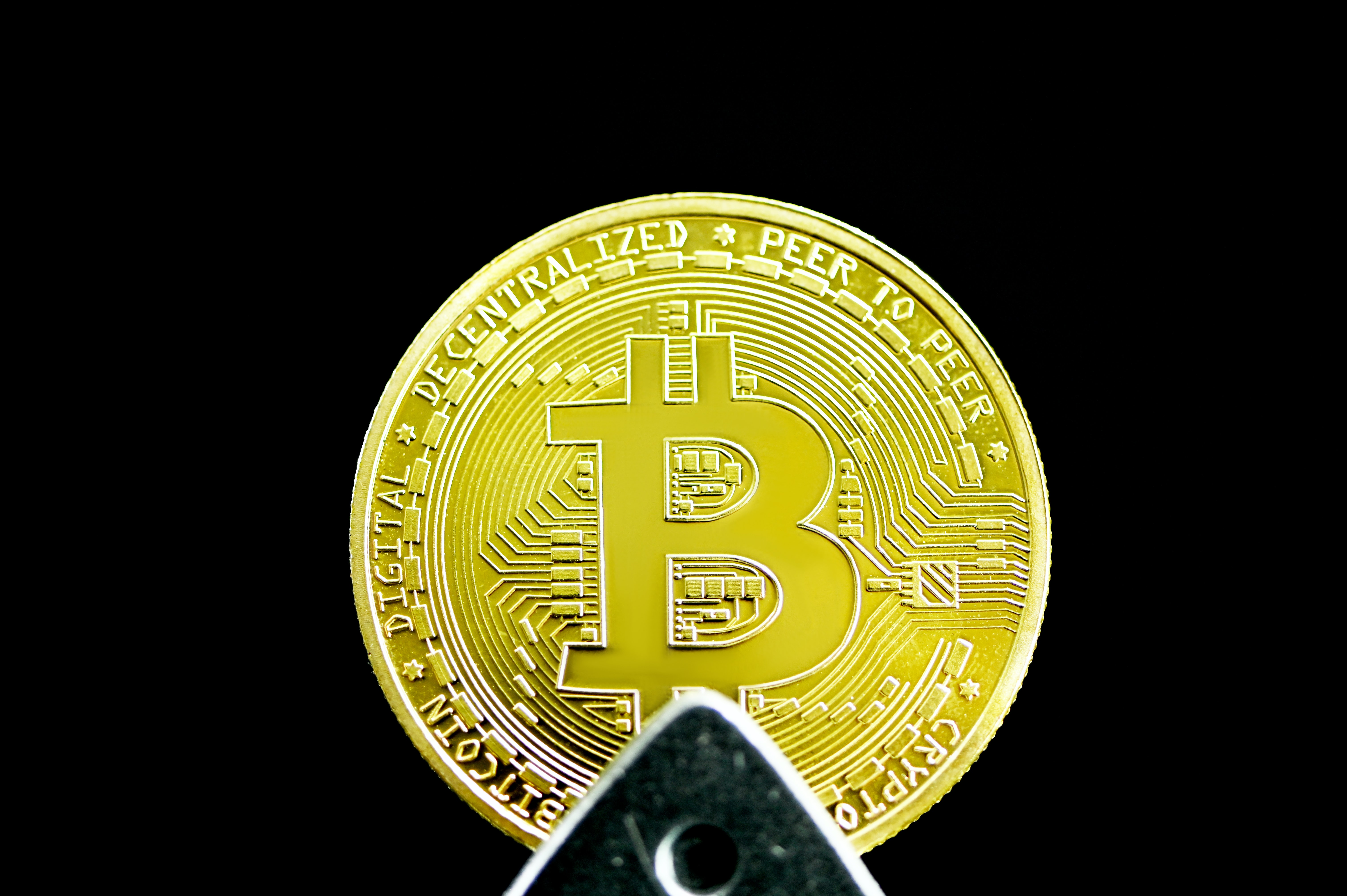 Cathie Wood's Ark Invest Buys the Bitcoin Dip, Adds $20 Million in GBTC